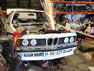 Old BMW Repair | Kadunza